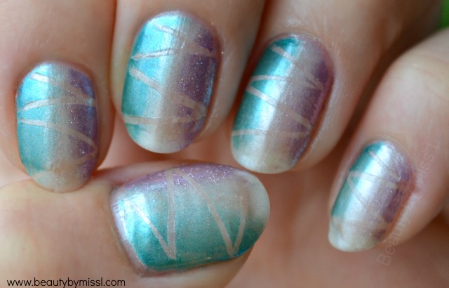 sponging nail art