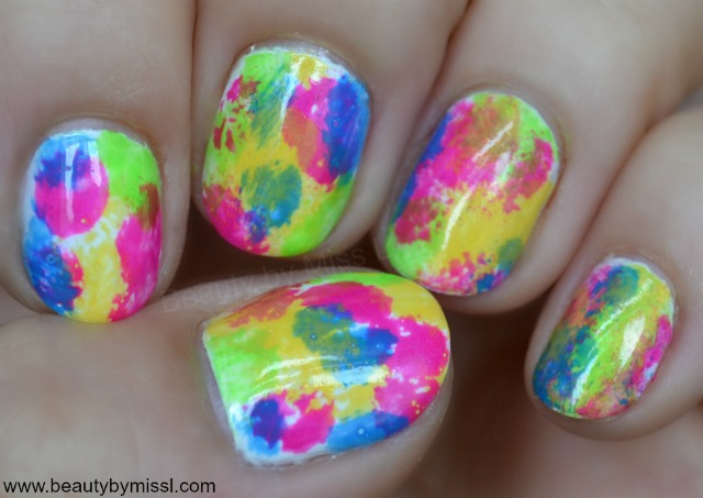 manicure with bright colors