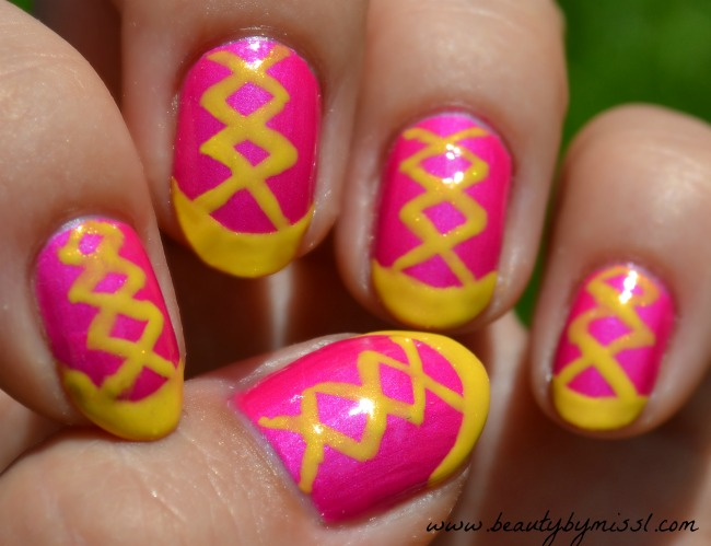 French mani with a twist