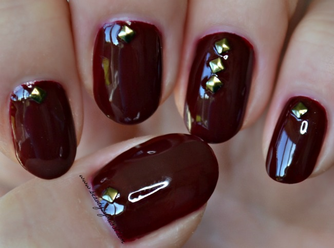 dark red nails & studs