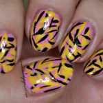 simple brush stroke nail art