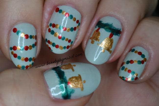 Christmas decorations nail art