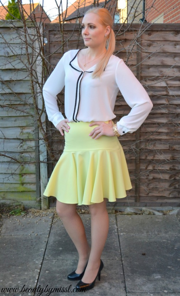 white long sleeved blouse from Sheinside