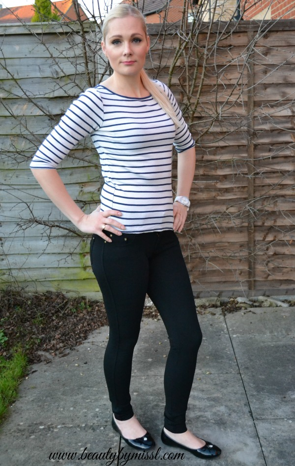 black and white everyday outfit