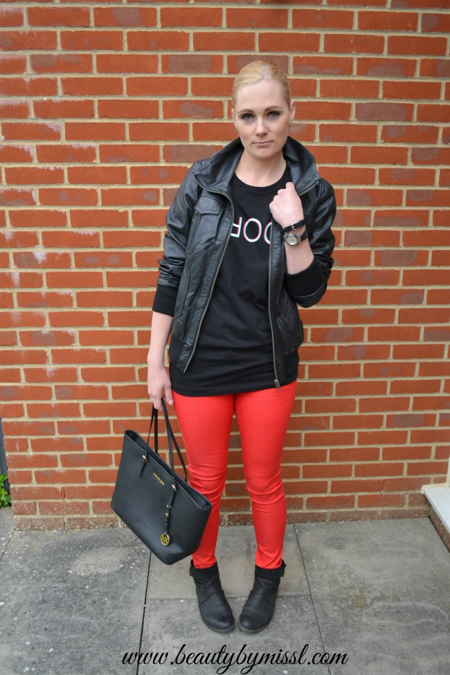 black t-shirt and red pants