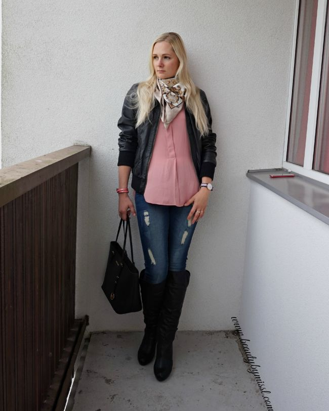 Only leather jacket, H&M blouse and scarf, Michael Kors bag, Daniel Wellington watch | www.beautybymissl.com