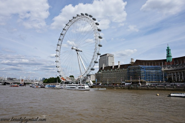 London's eye from river Thames