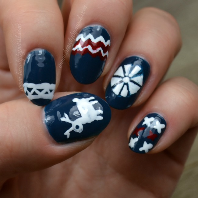 ugly sweater nail art