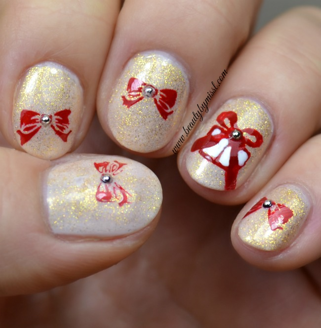 presents and bows nail art