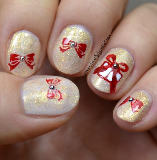 presents and bows nail art