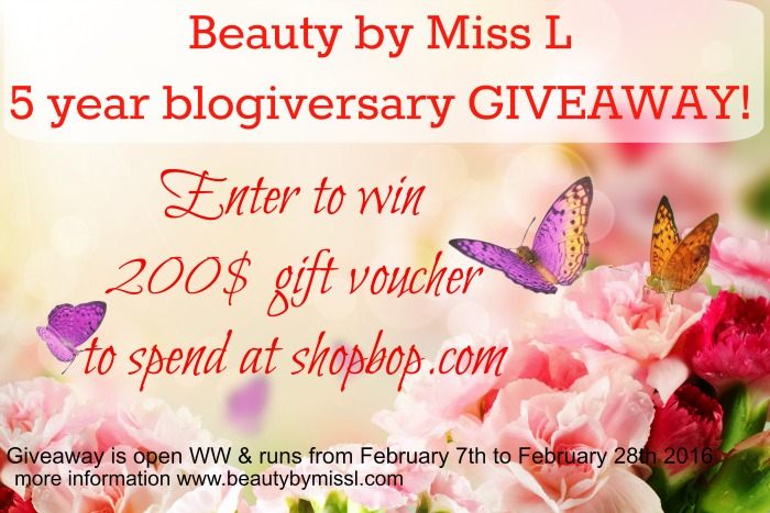 5 Year Blogiversary Giveaway - enter to win 200$ gift voucher to Shopbop!