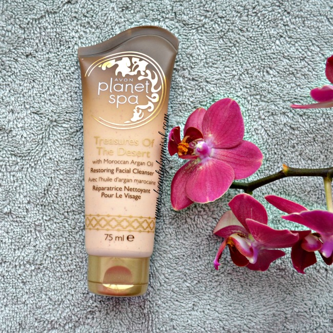 Avon Treasures Of The Desert Restoring Facial Cleanser