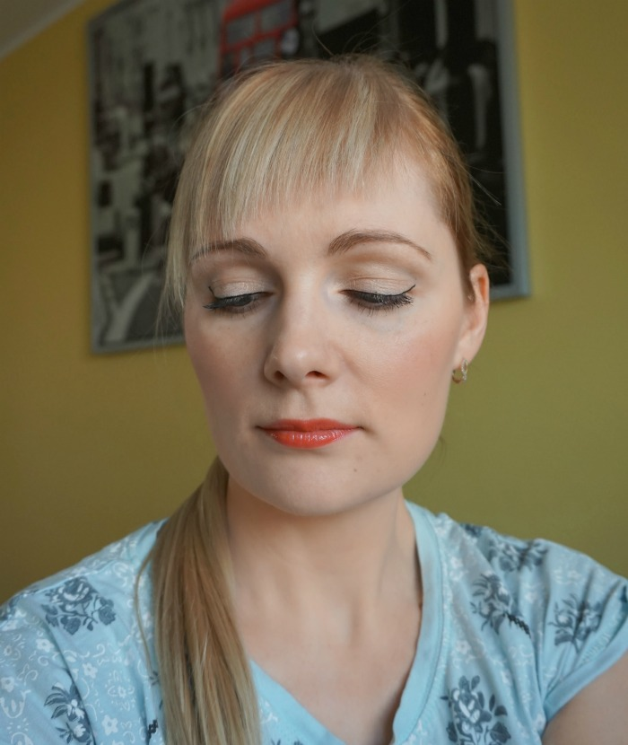 Natural party makeup with Avon makeup products