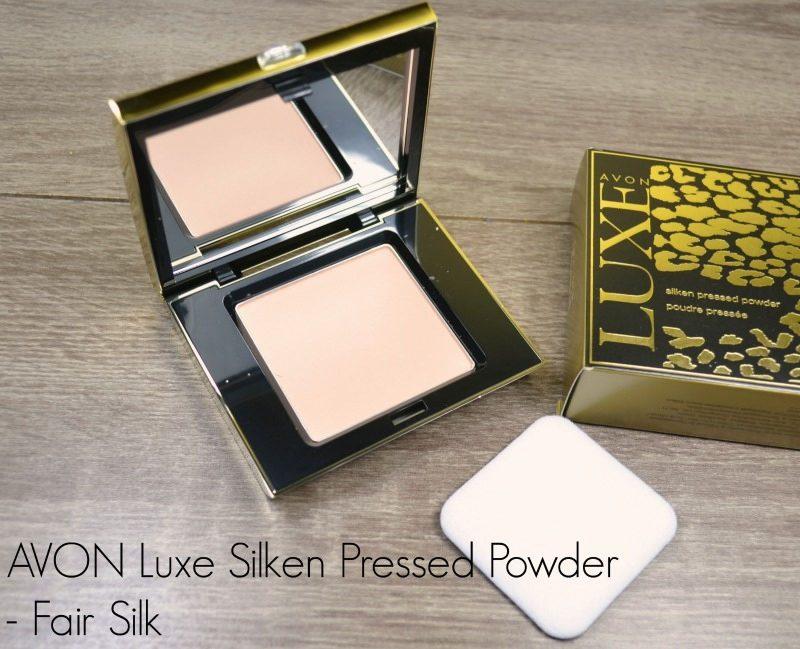 Avon Luxe Silken Pressed Powder in Fair Silk