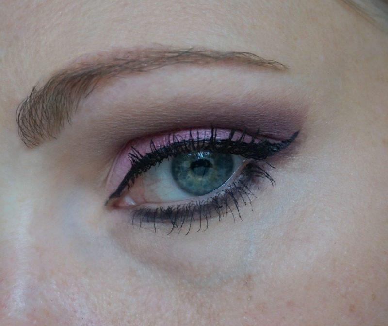 Pink & brown-purple eye makeup with Too Faced Sugar Pop eyeshadow palette