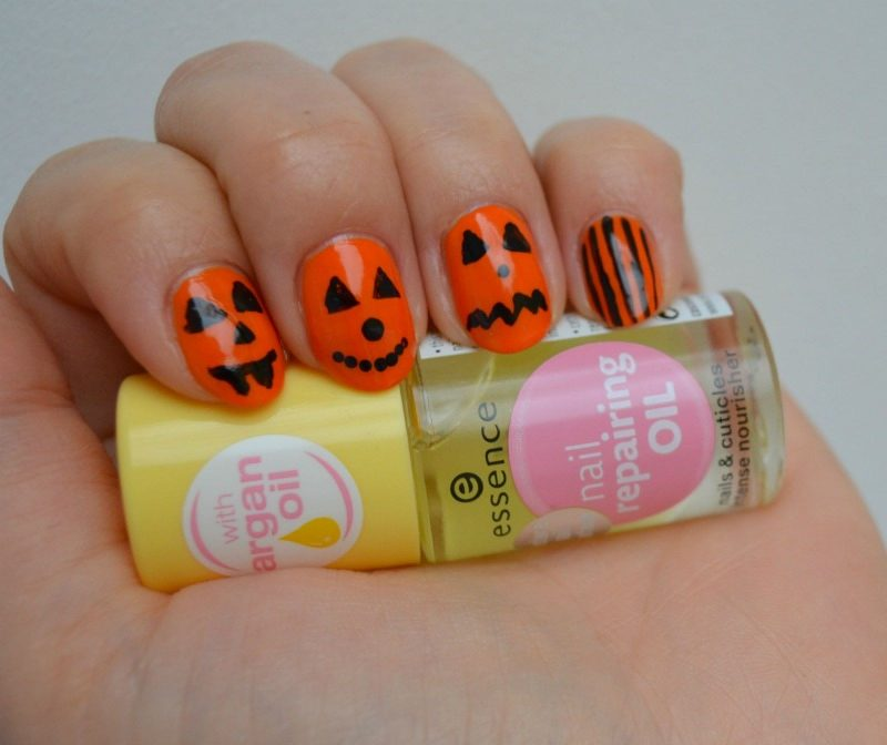 Essence Nail Repairing Oil and simple Halloween pumpkin nail art