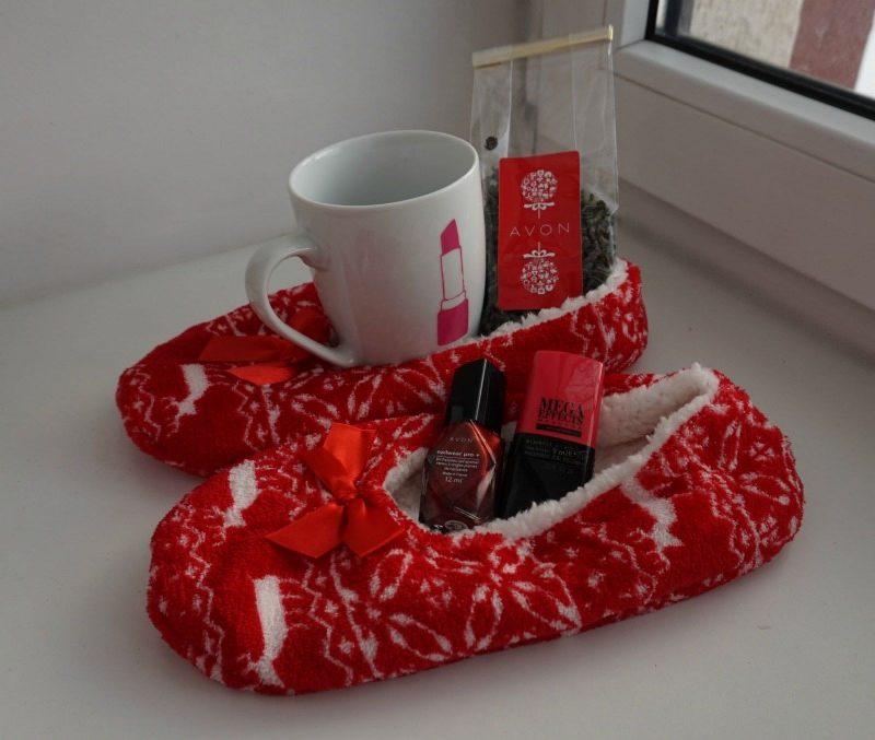 Wonderland slippers, Avon mug and some green tea.