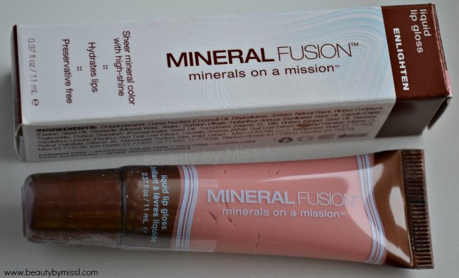 Mineral Fusion Liquid Lip Gloss Enlighten review swatches