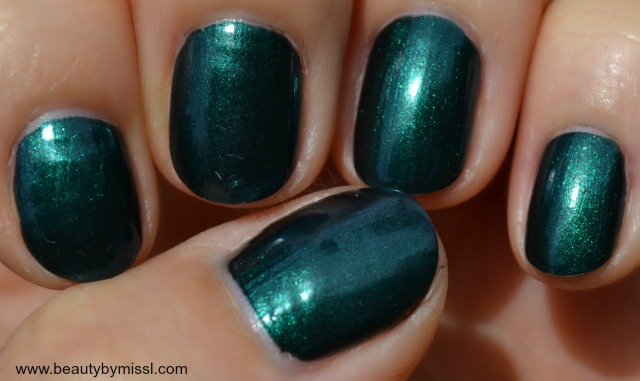 Avon Gel Finish nail polish in Envy swatches