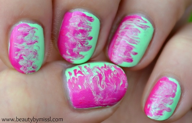pink and green watermarble nails without water
