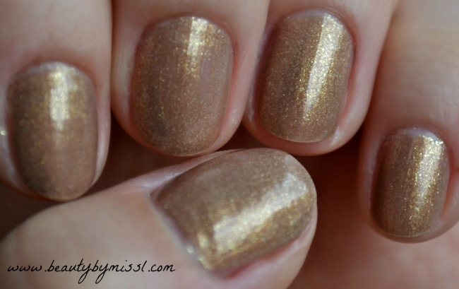 avon gel finish nail polish in glimmer