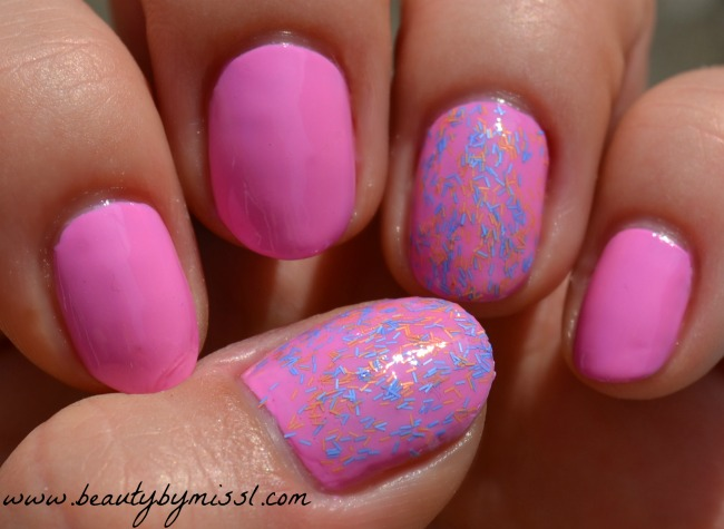 layering manicure accent nail