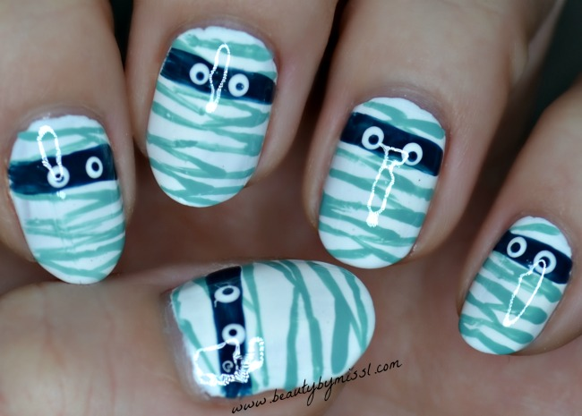 mummy nail art