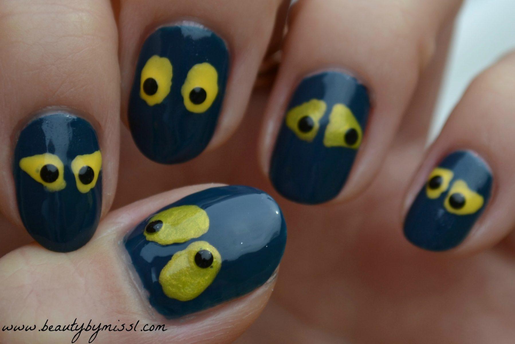 spooky eyes nail art