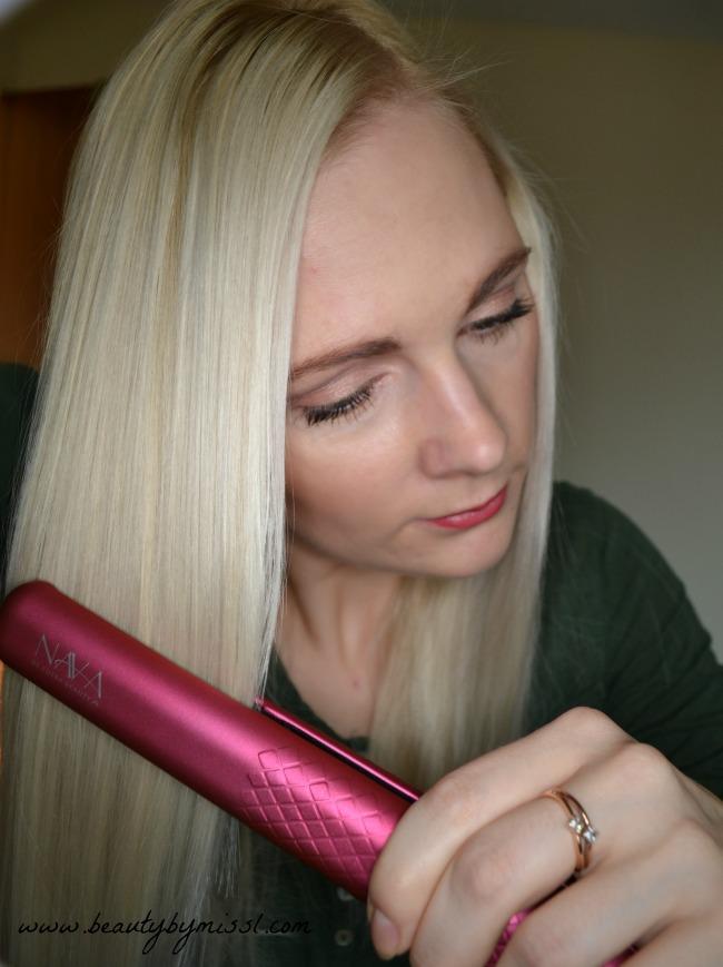 straightening my hair with NAVA straightener