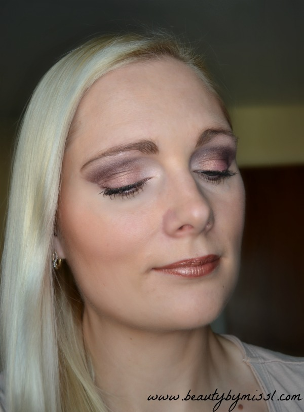 look with W7 In The Night palette
