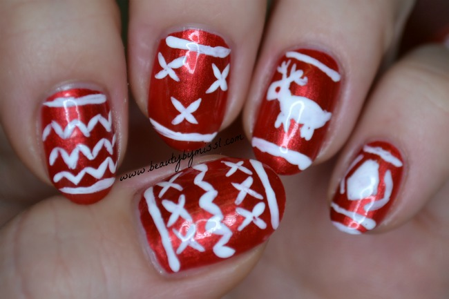 Ugly sweater nails