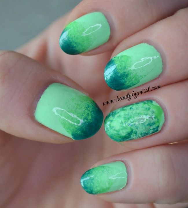 simple green nails