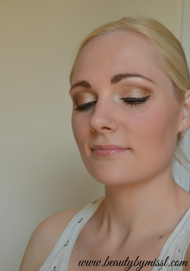 simple daytime smoky eye