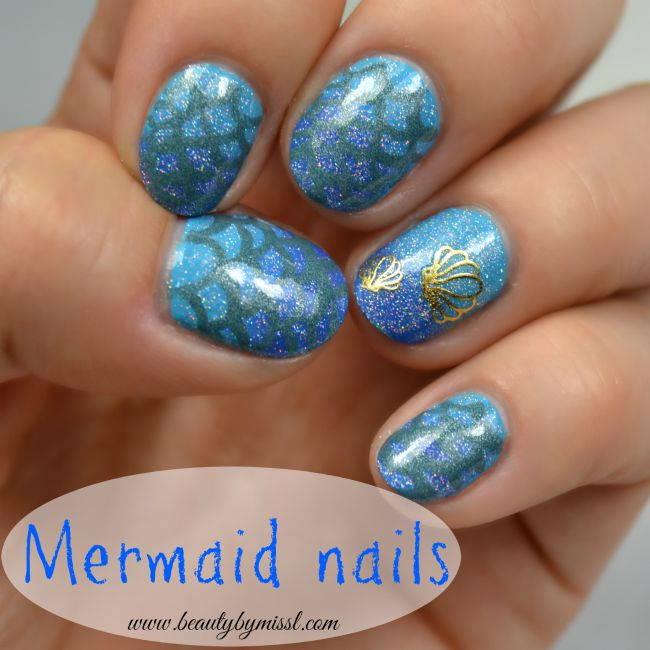 Blue mermaid themed nail art www.beautybymissl.com
