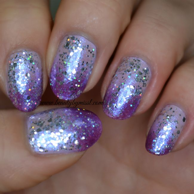Glittery purple ombre nails & tutorial | www.beautybymissl.com