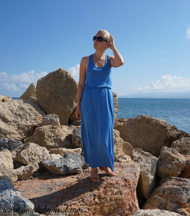 Blue Boohoo maxi dress and Ecco sandals
