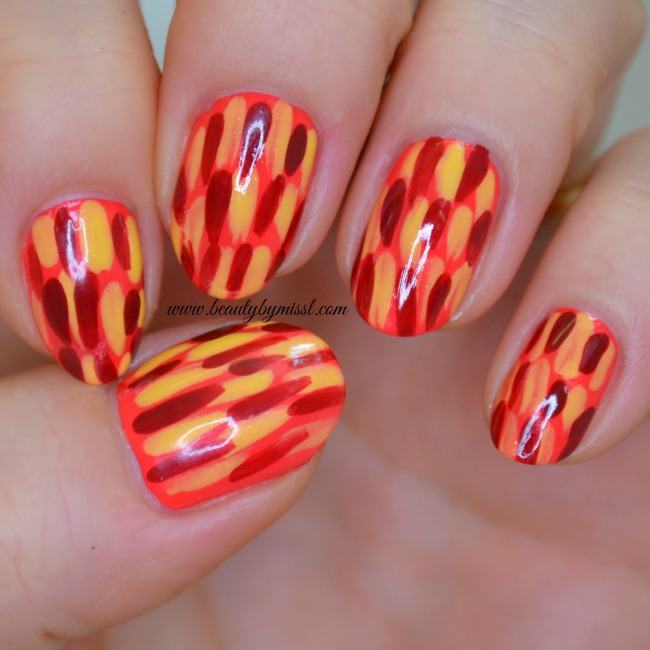 Brush stroke nail art