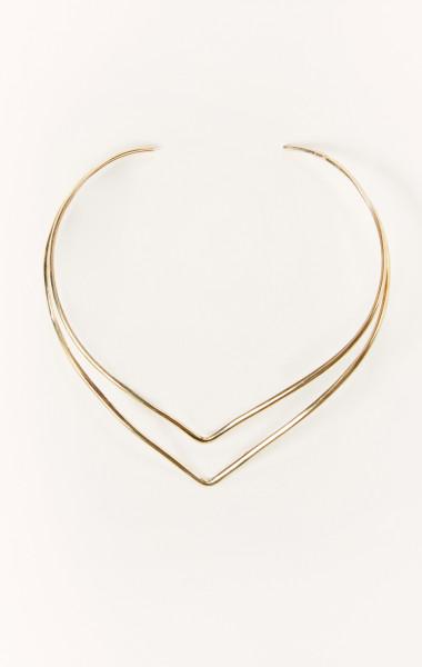 5 Fall Accessory Essentials: Choker necklace