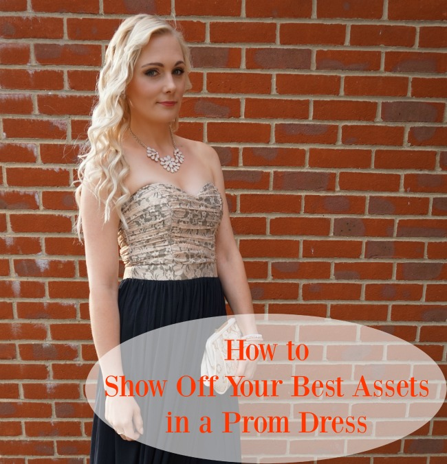 How to Show Off Your Best Assets in a Prom Dress