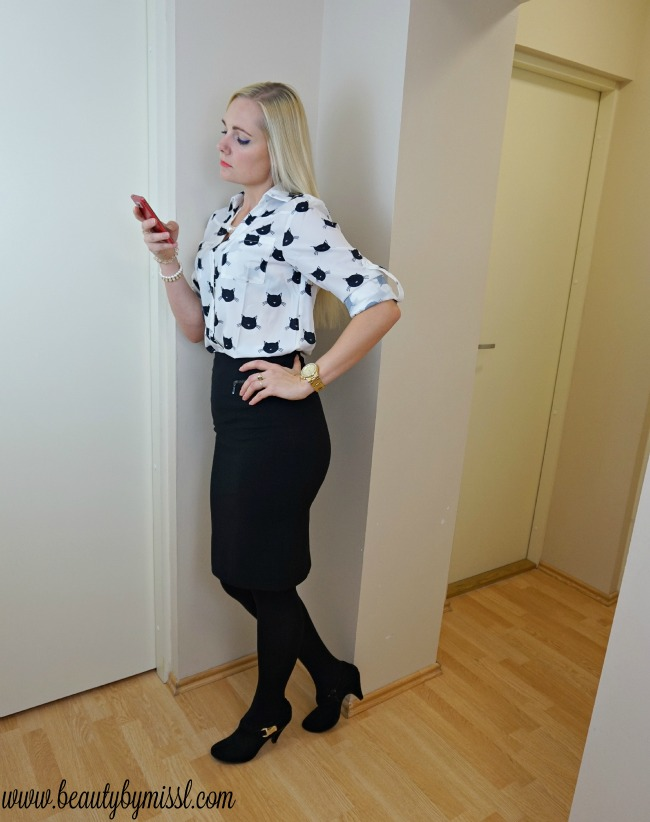 Black and white office look