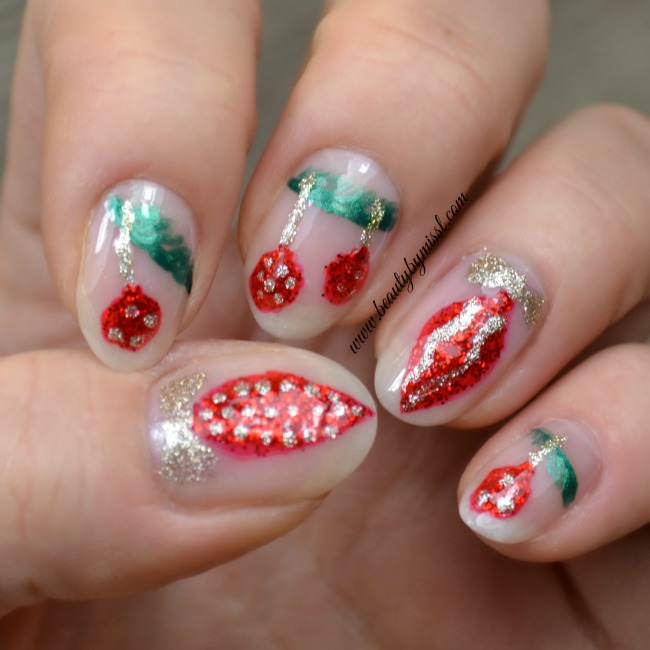 Christmas ornaments nail art