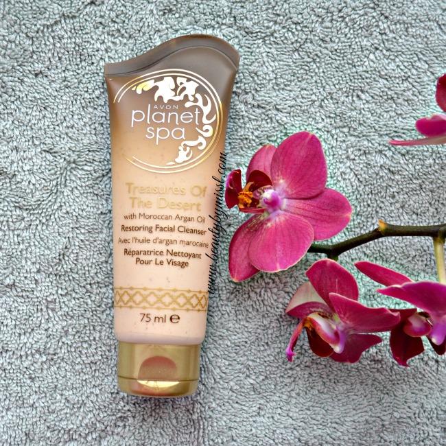 Avon Treasures Of The Desert Restoring Facial Cleanser