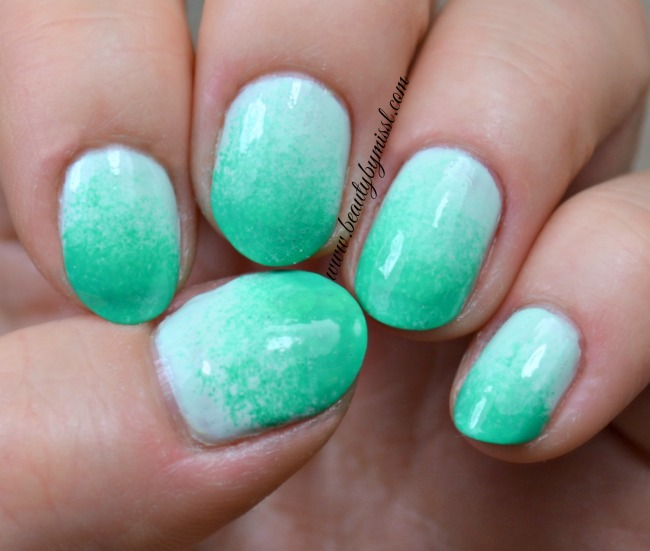 Pastel green ombre nails