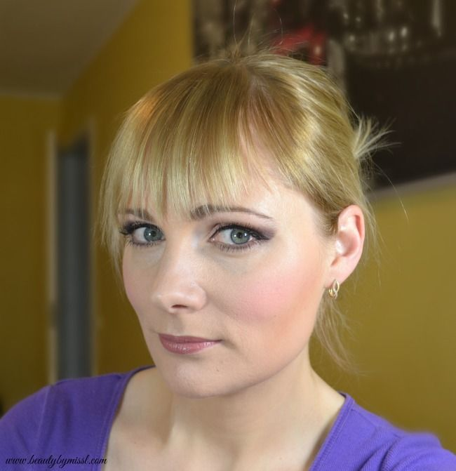 Prom makeup with Urban Decay Naked 3 eyeshadow palette