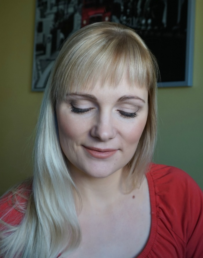 simple summer makeup with Avon makeup products