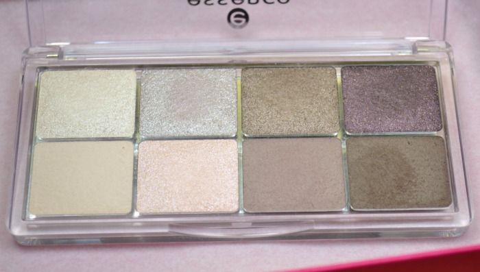 essence all about roses eyeshadow palette 03 roses