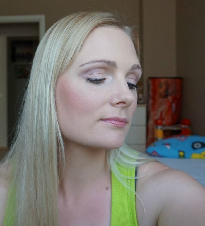 simple daytime makeup