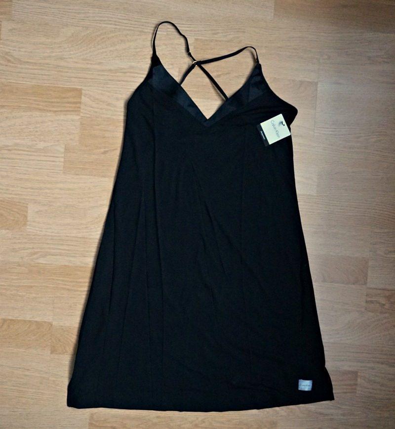 Calvin Klein UnderwearEssentials with Satin V Neck Chemise
