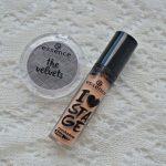 Essence The Velvets eyeshadow & I Love Stage eyeshadow base