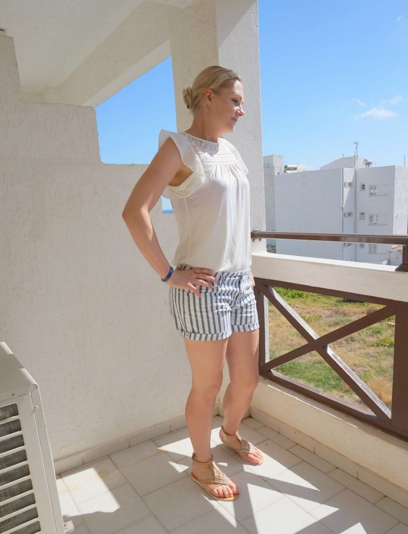 summer holiday outfit